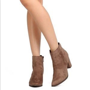 Breckelles Ankle Boots